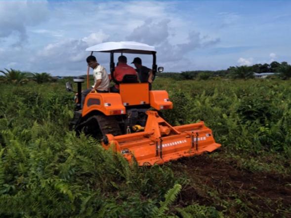 沃工农机生产研发的履带拖拉机等产品远销菲律宾